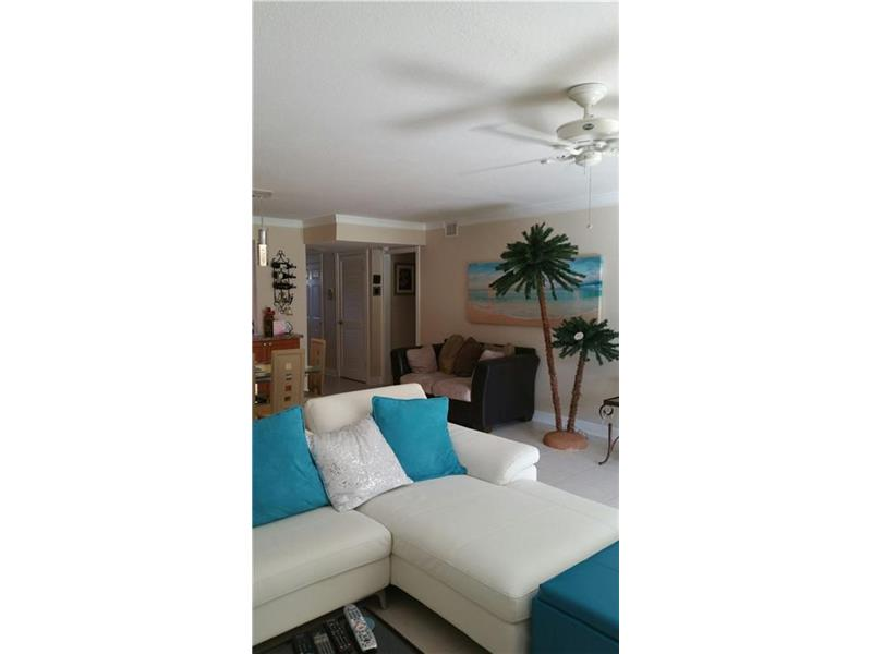 281 S Hollybrook Dr # 106, Pembroke Pines, FL 33025