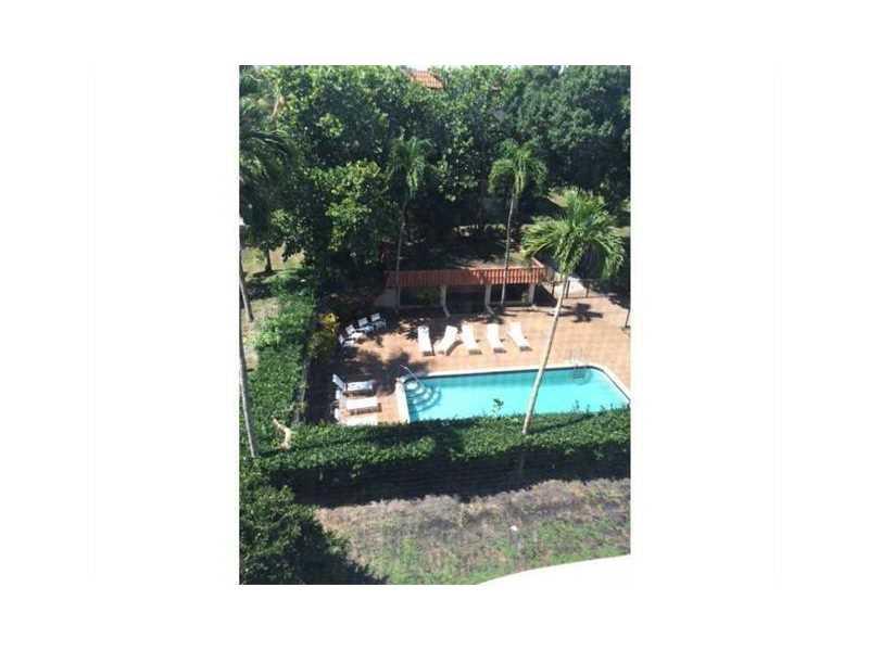 6361 N Falls Circle Dr # 409, Fort Lauderdale, FL 33319