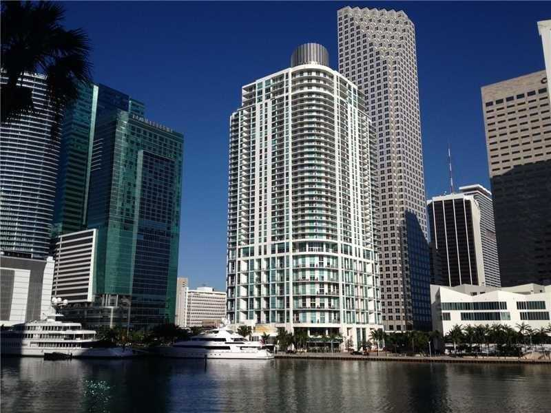 300 S Biscayne Blvd # L-622, Miami, FL 33131