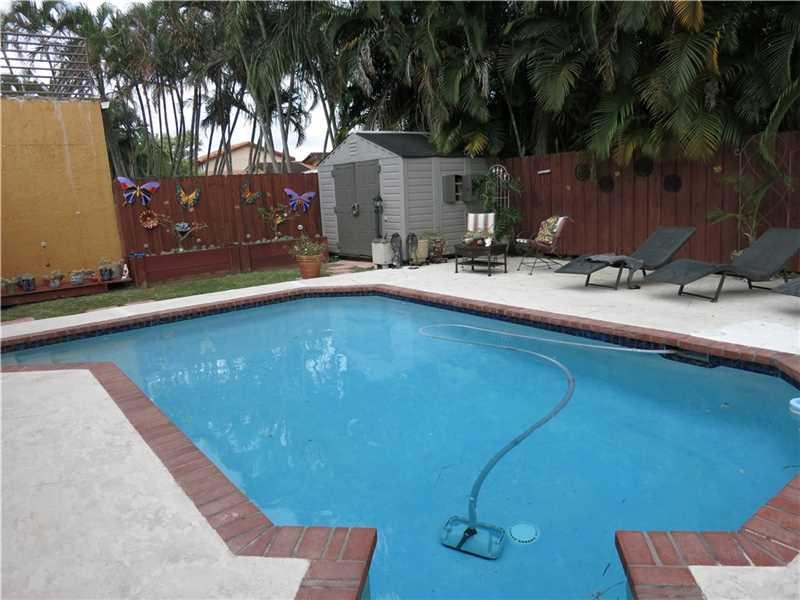 9273 Sw 149th Pl, Miami, FL 33196