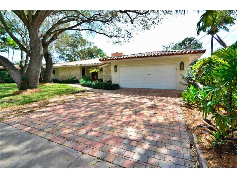 1020 Alfonso Ave, Coral Gables, FL 33146