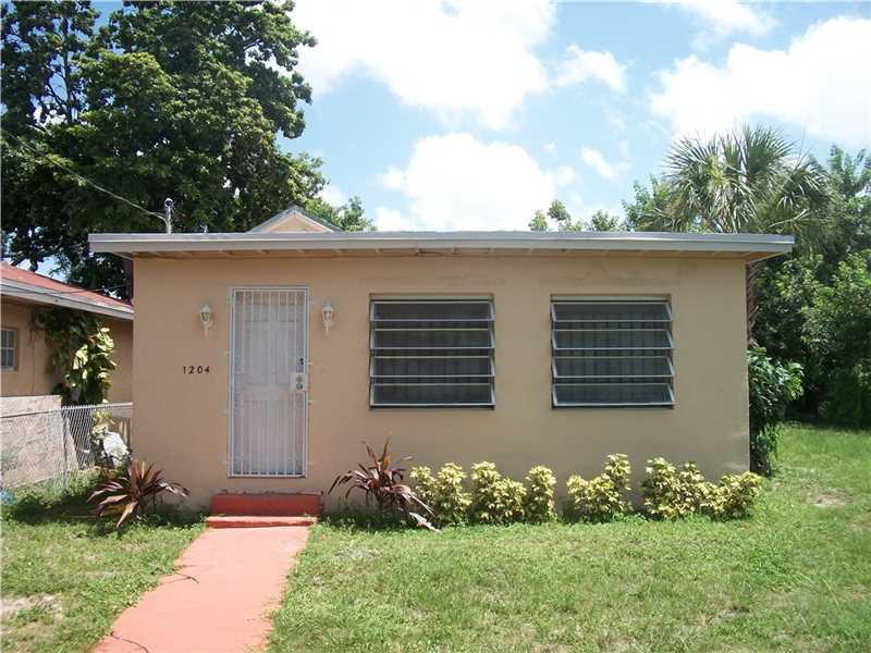 1204 Nw 70th St, Miami, FL 33147