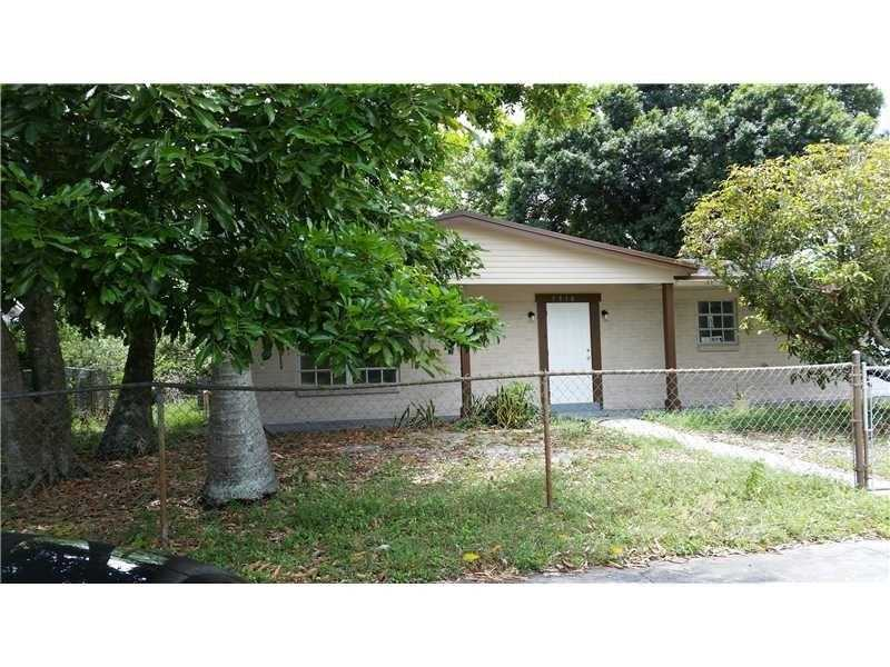 5910 Nw 14th Pl, Fort Lauderdale, FL 33313