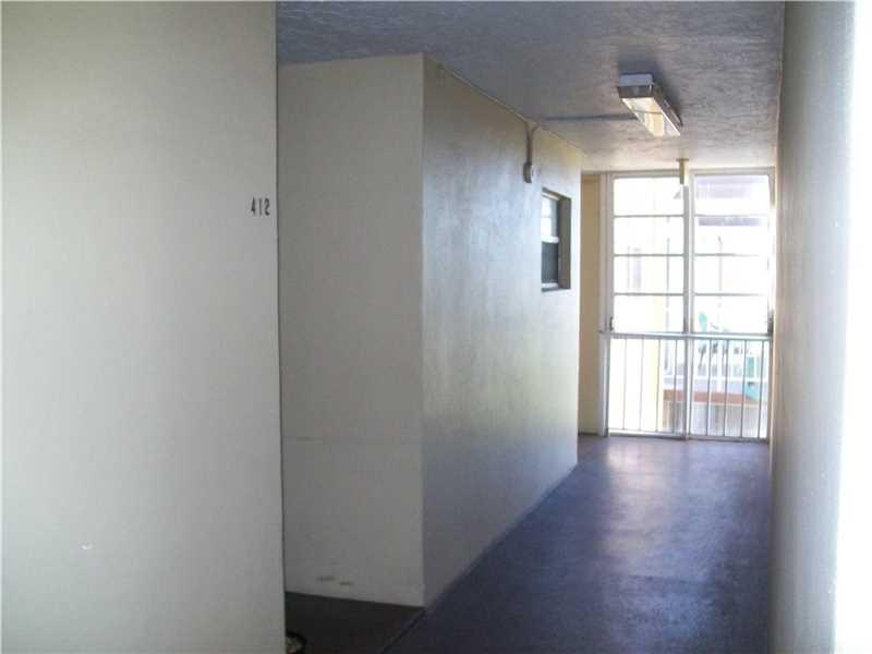 4320 Washington St # 412, Hollywood, FL 33021
