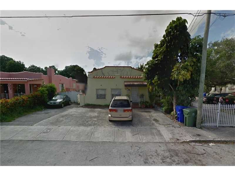 1860 Nw 5th St, Miami, FL 33125
