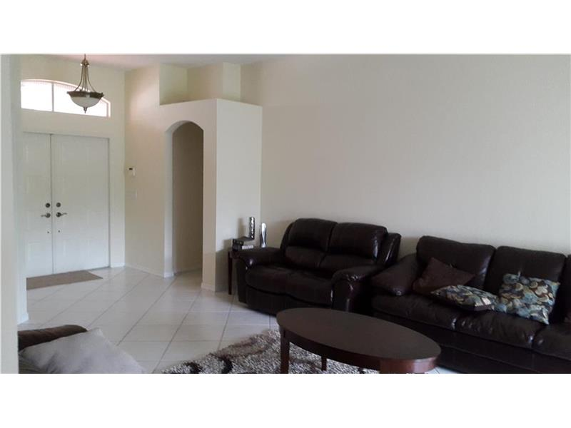 15957 Sw 5th St, Pembroke Pines, FL 33027
