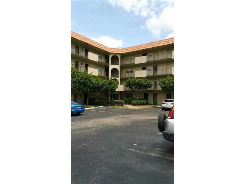 5961 N Falls Circle Dr # 401, Lauderhill, FL 33319