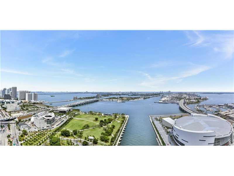 888 Biscayne Blvd # 3809, Miami, FL 33132