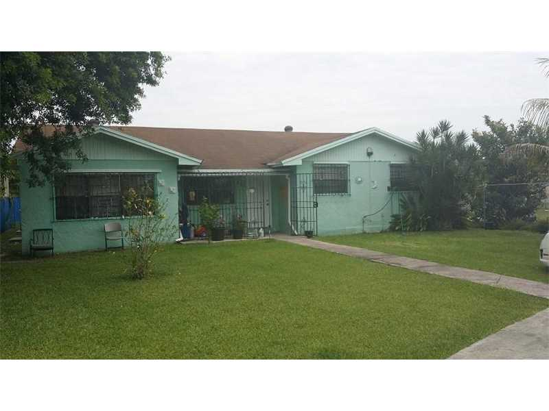 970 Nw 12th St, Florida City, FL 33034