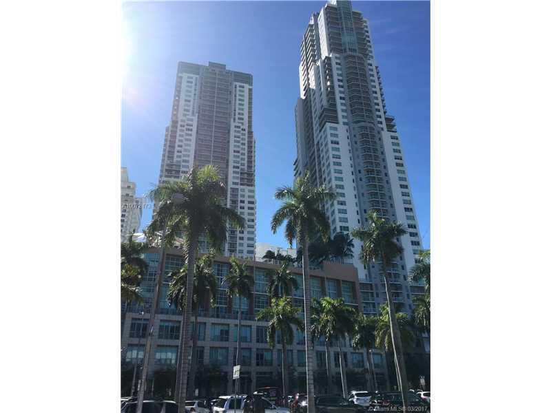 244 Biscayne Blvd, Miami, FL 33132
