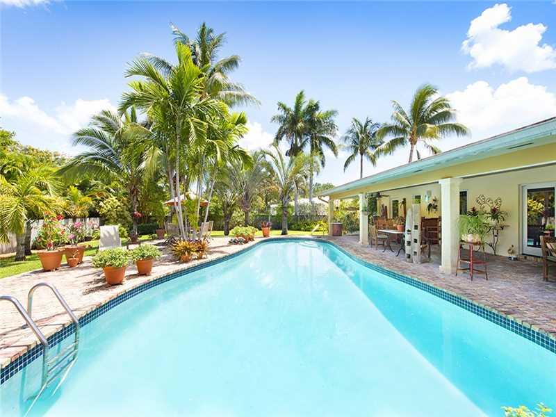 1233 Ne 89th St, Miami, FL 33138