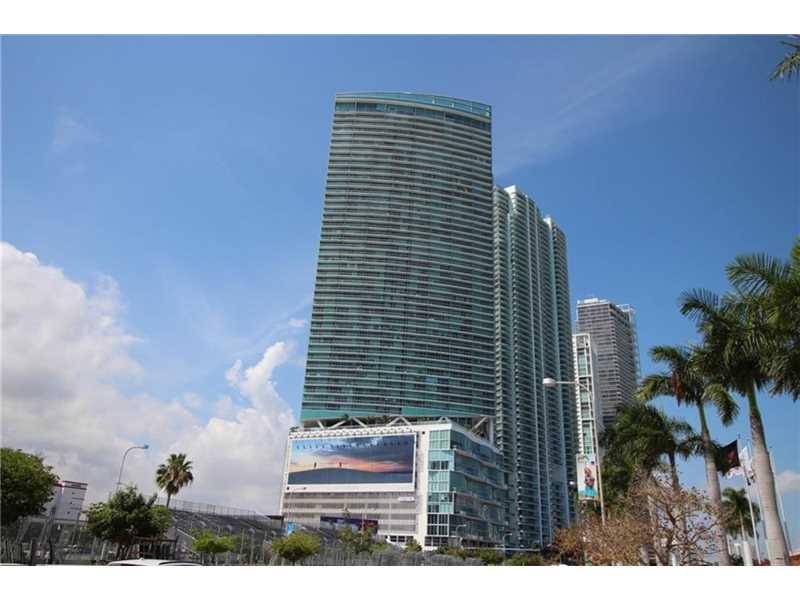 888 Biscayne Blvd # 2411, Miami, FL 33132