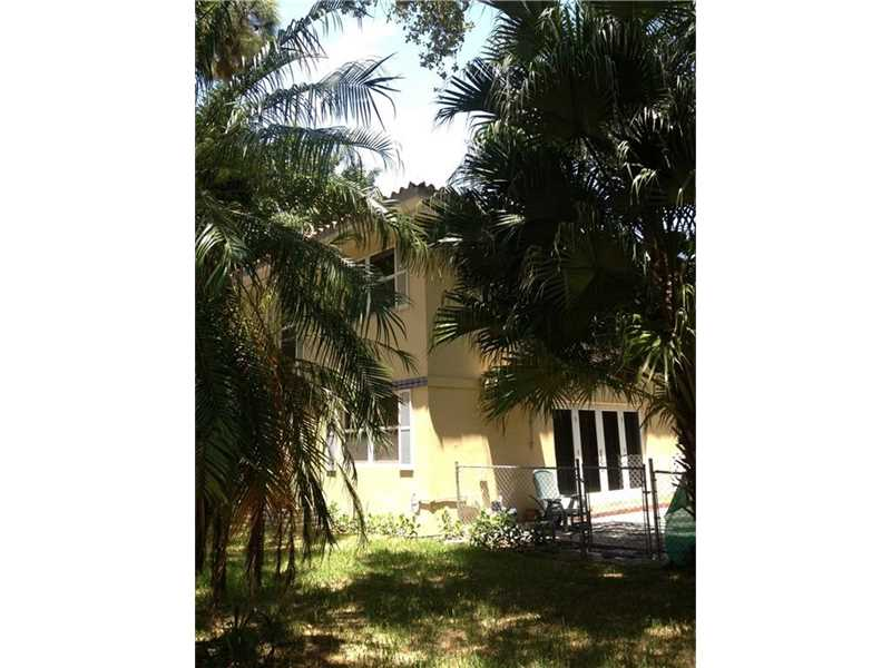 3903 Ponce De Leon Blvd, Coral Gables, FL 33134