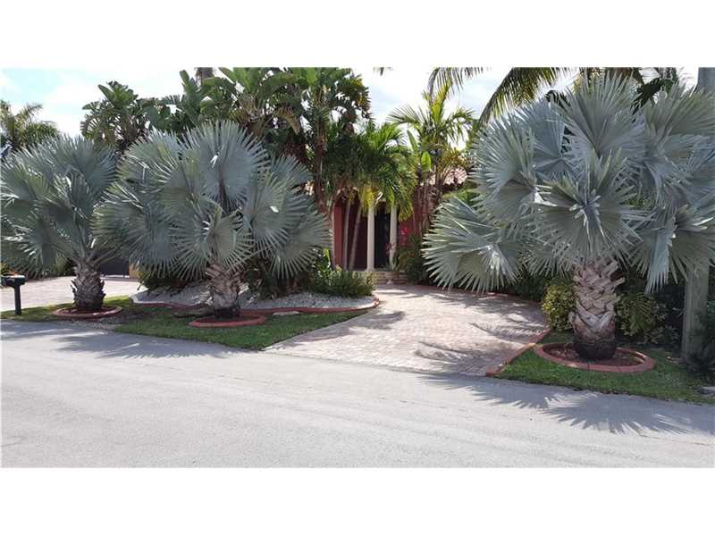 2700 NW 98th Ave, Doral, FL 33172