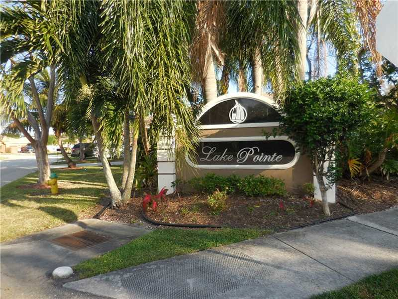 4512 Southwest 12th Ct, Deerfield Beach Pool Real Estate