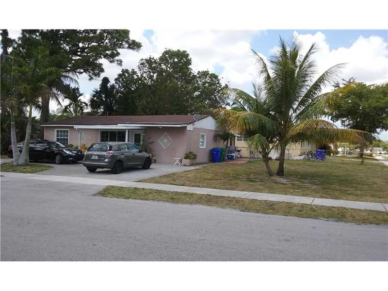 2341 SW 42nd Way, Fort Lauderdale, FL 33317