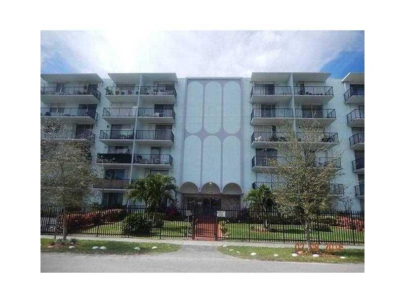 12500 NE 15th Ave, North Miami, FL 33161