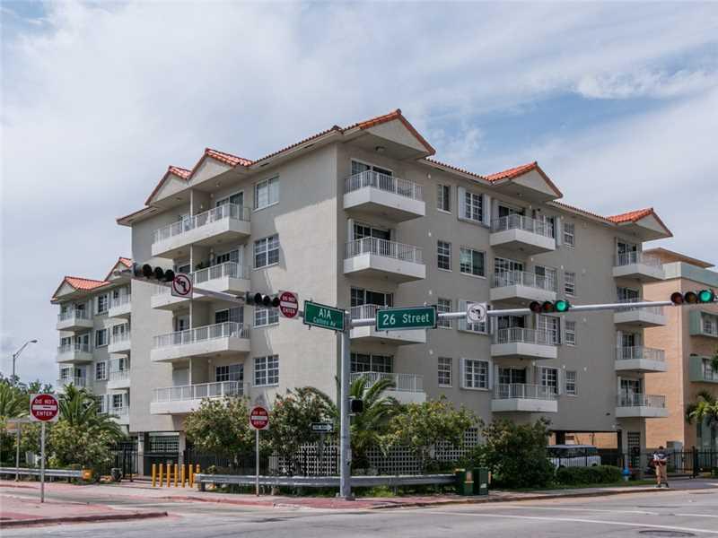 Photo of 2600  Collins Ave  Miami Beach  FL