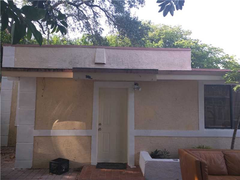 839 NW 99th St, Miami, FL 33150