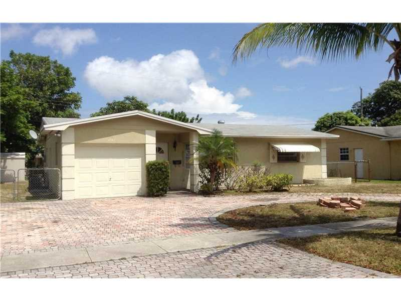 2740 NW 36th Ave, Lauderdale Lakes, FL 33311