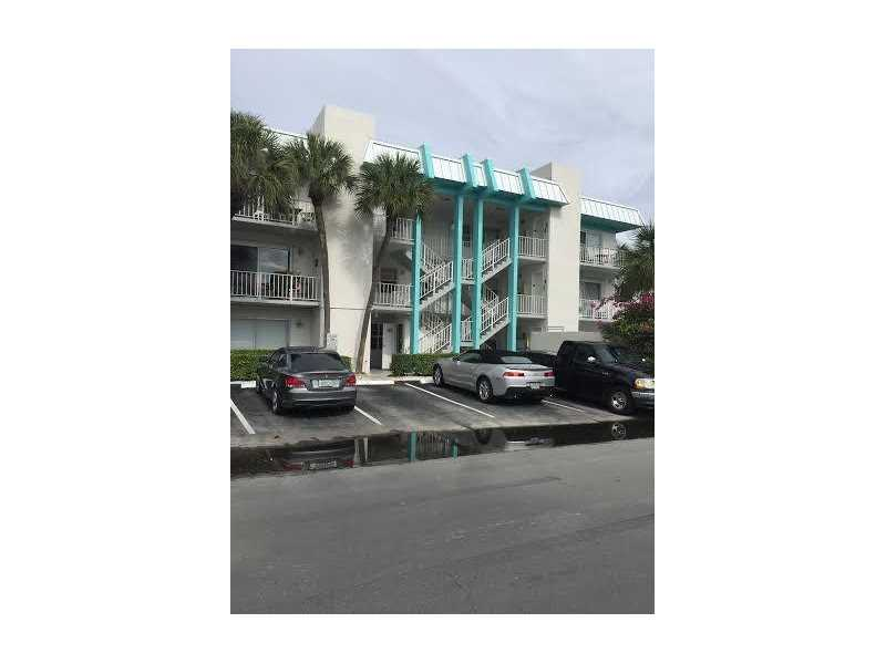 2715 NE 49th St, Fort Lauderdale, FL 33308