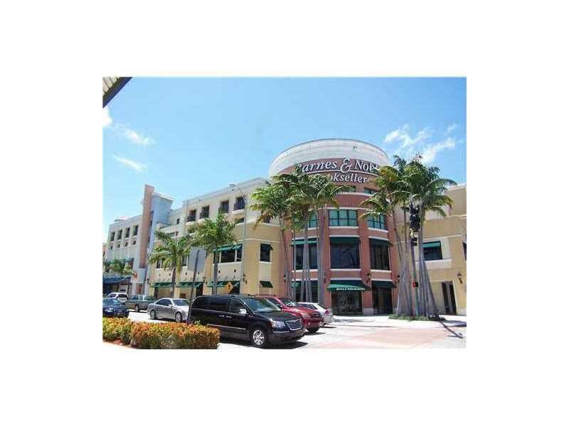 5731 Sunset Dr, South Miami, FL 33143