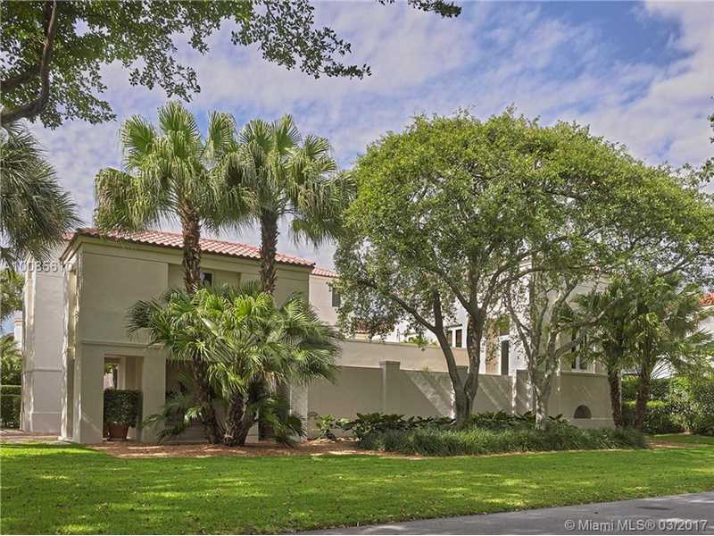 270 Marinero Ct, Coral Gables, FL 33143