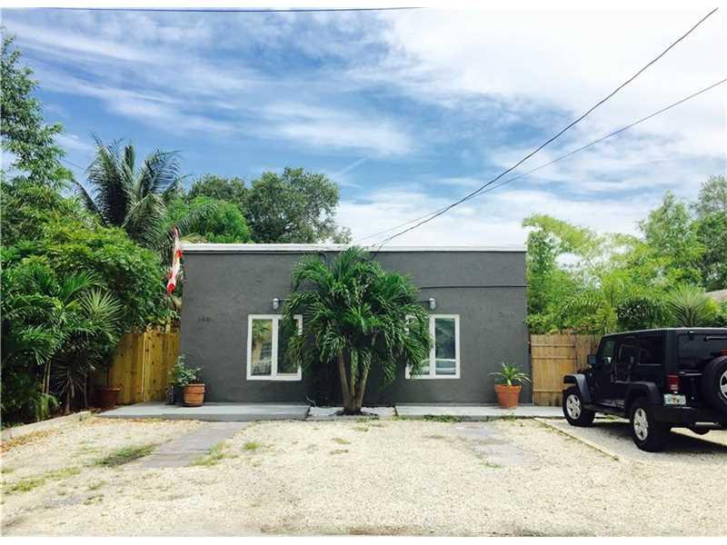 2440 Ne 184th St, Miami, FL 33160