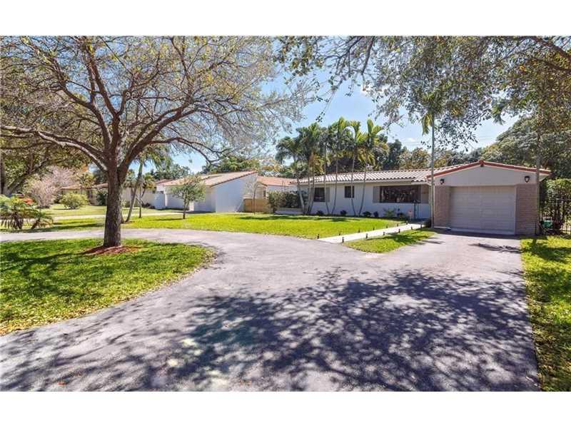 112 NE 111th St, Miami Shores, FL 33161