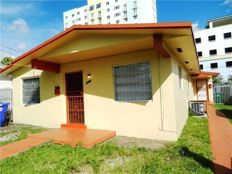 3715 Nw 22nd Ct, Miami, FL 33142