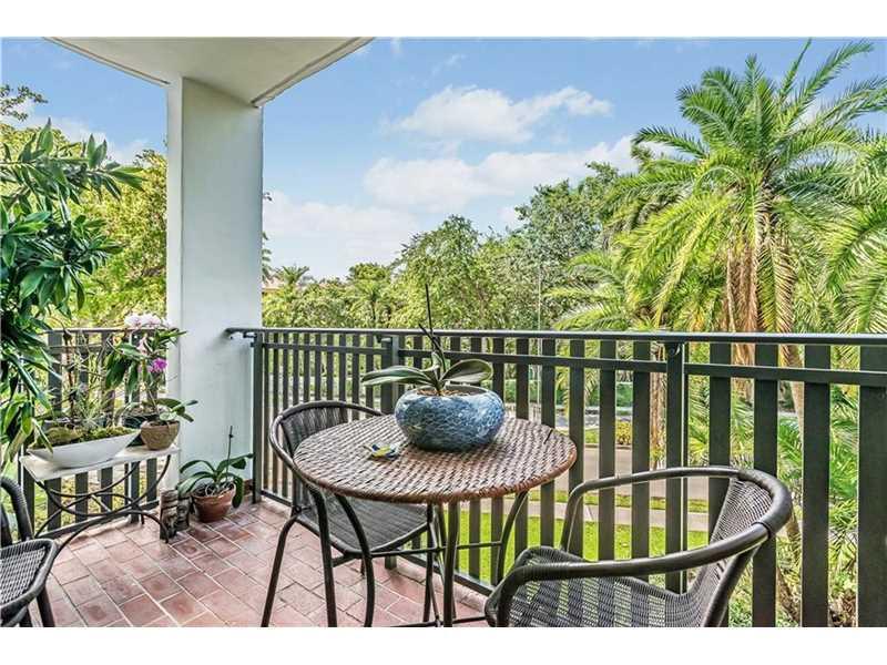 Photo of 100  Ocean Lane Dr  Key Biscayne  FL