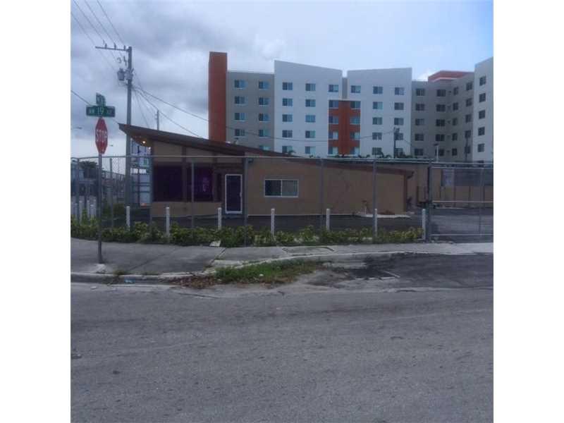 1901 Nw 36th St, Miami, FL 33142
