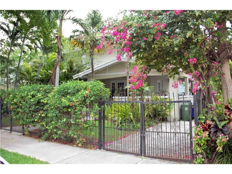 121 Ne 45th St, Miami, FL 33137
