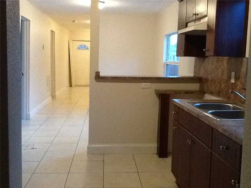 1620 NW 64th St, Miami, FL 33147