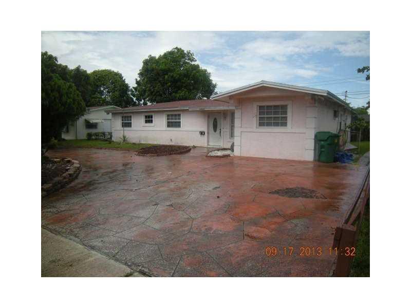 1361 NW 54th Ave, Lauderhill, FL 33313