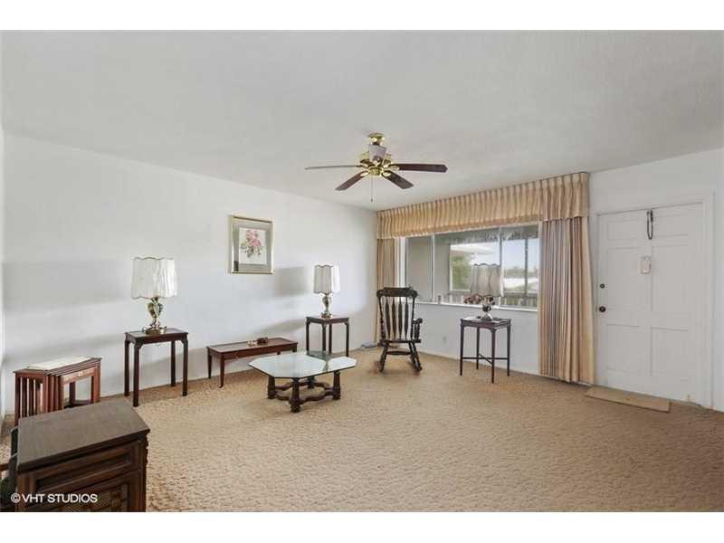 2141 NE 68th St, Fort Lauderdale, FL 33308