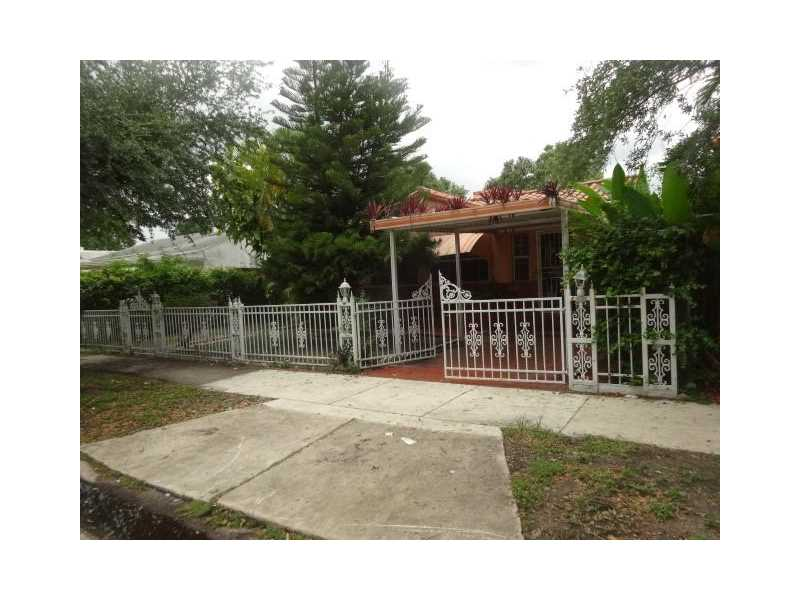 554 Nw 41st St, Miami, FL 33127