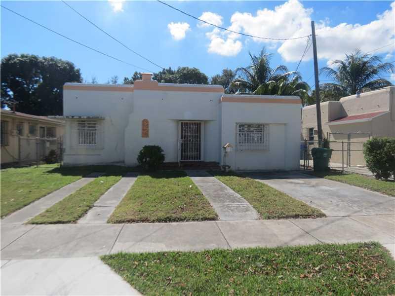2434 Sw 3rd St, Miami, FL 33135