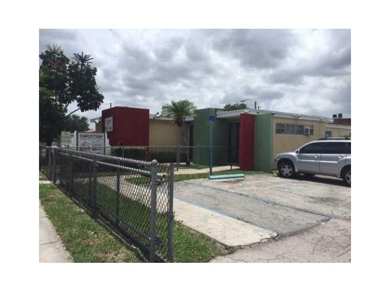 14150 W Dixie Hwy, North Miami, FL 33161