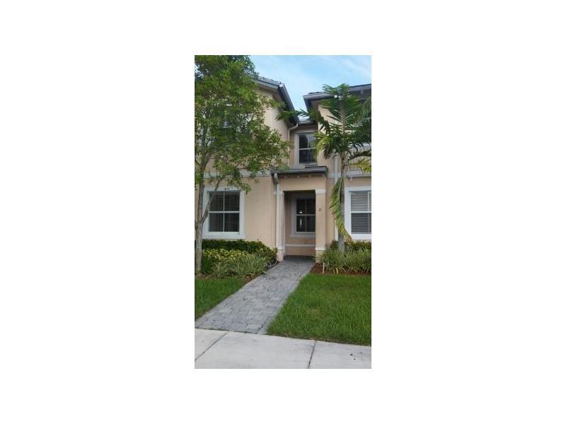 2885 SE 1st Dr, Homestead, FL 33033