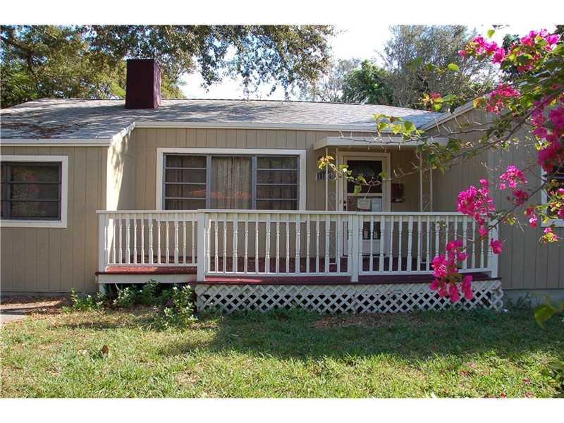 11805 Ne 10th Ave, Biscayne Park, FL 33161