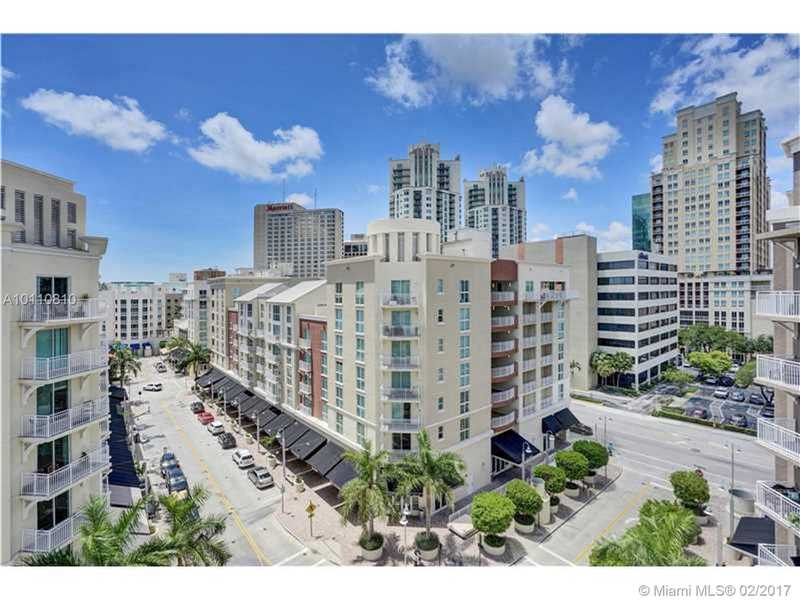 Photo of 7280 Southwest 89th St  Miami  FL