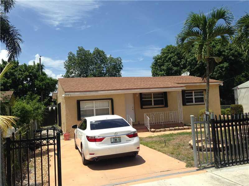 1821 Nw 82nd St, Miami, FL 33147