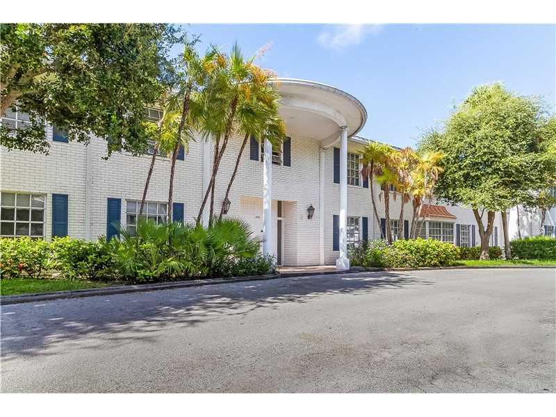 2190 NE 68th St, Fort Lauderdale, FL 33308