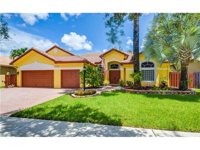 16375 Mariposa Cir N, Fort Lauderdale, FL 33331