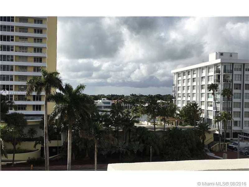 Photo of 5601  Collins  Miami Beach  FL