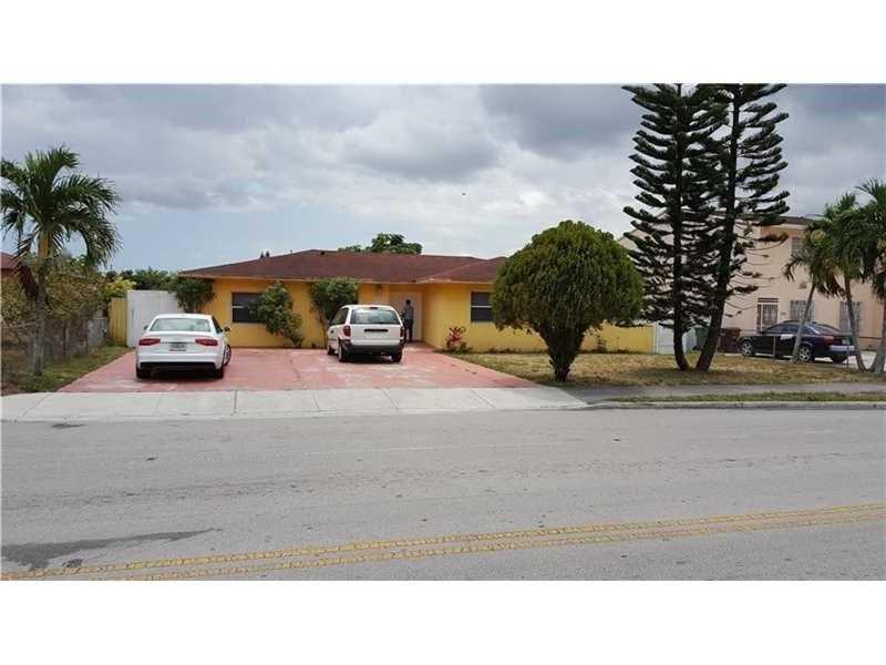 Photo of 810 West 74th St  Hialeah  FL