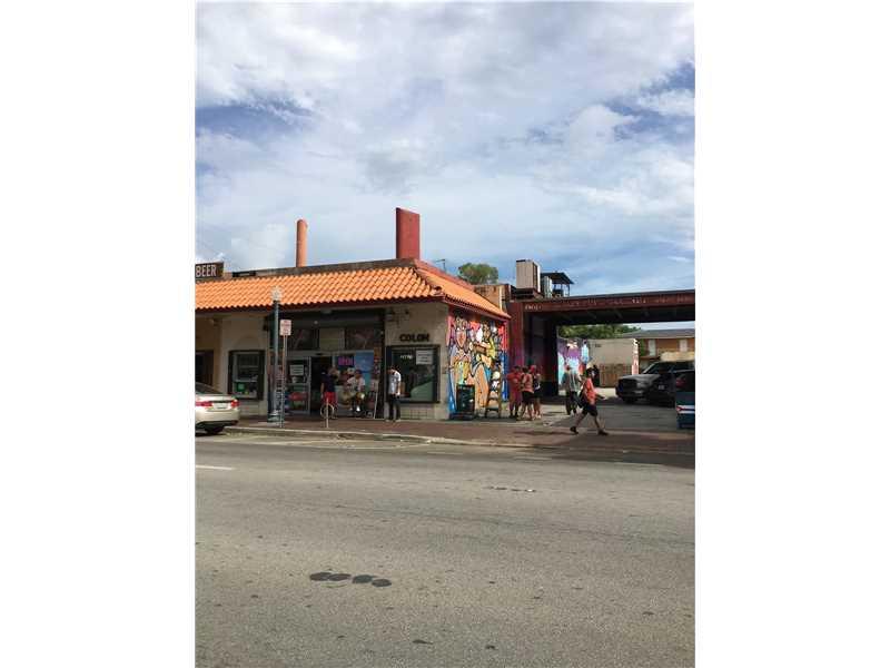1380 Sw 8th St, Miami, FL 33135