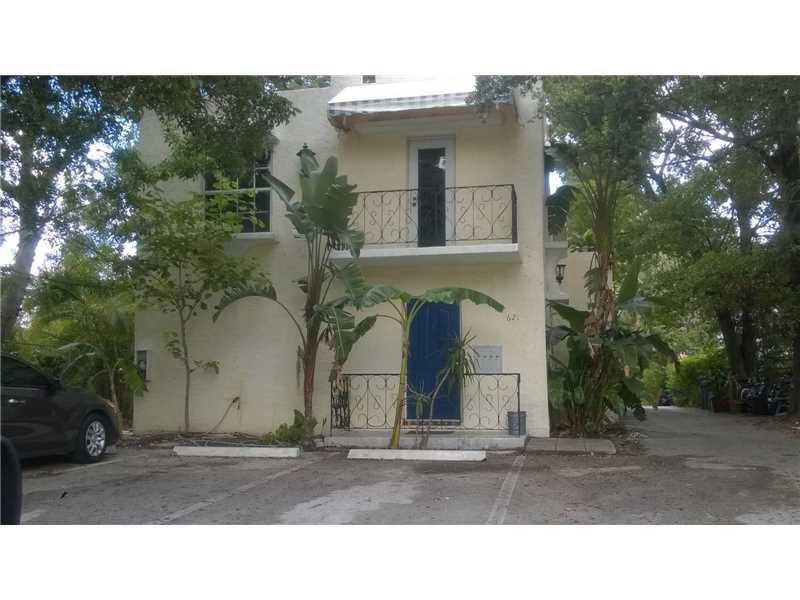 621 Ne 28th St, Wilton Manors, FL 33334