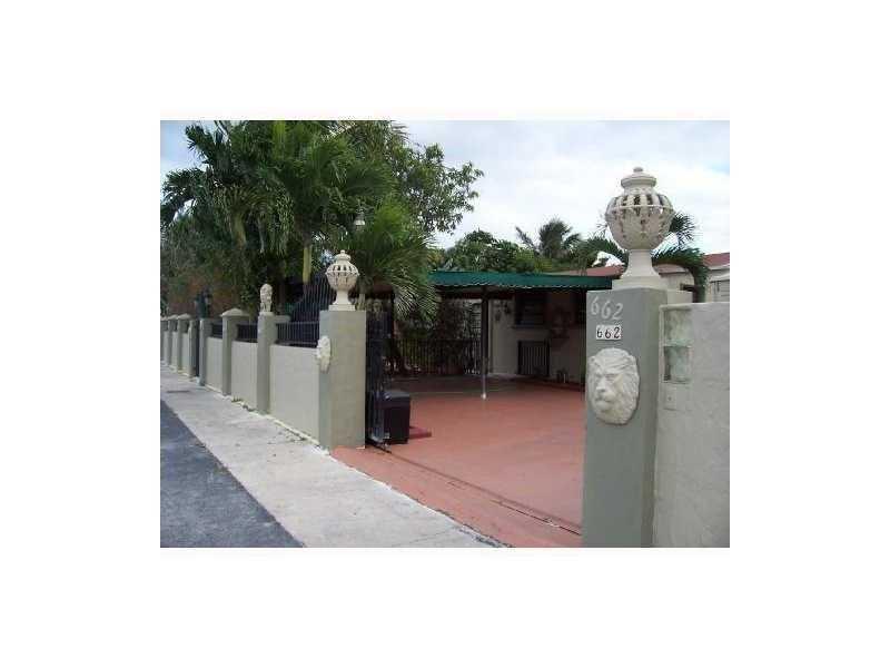 Photo of 662 Southeast 6th Pl  Hialeah  FL